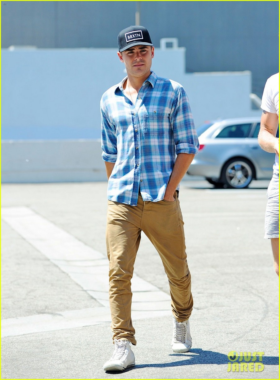 zac efron asanebo lunch in los angeles 022698827