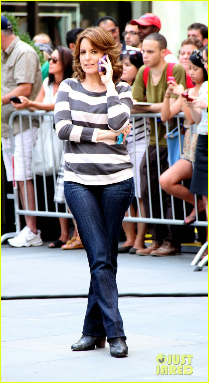 tina fey 30 rock filming 112710350