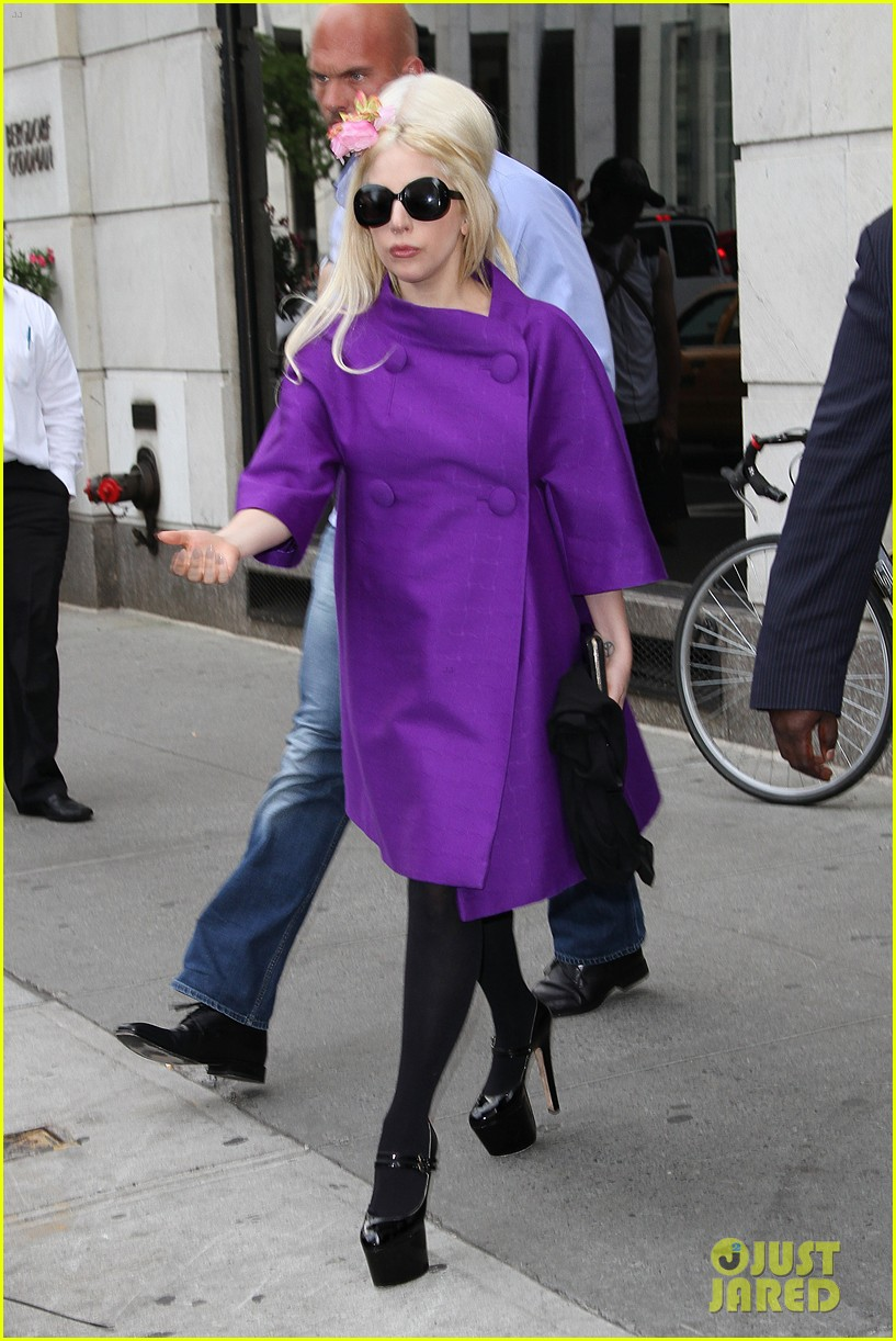 lady gaga madison avenue shopping 012698521