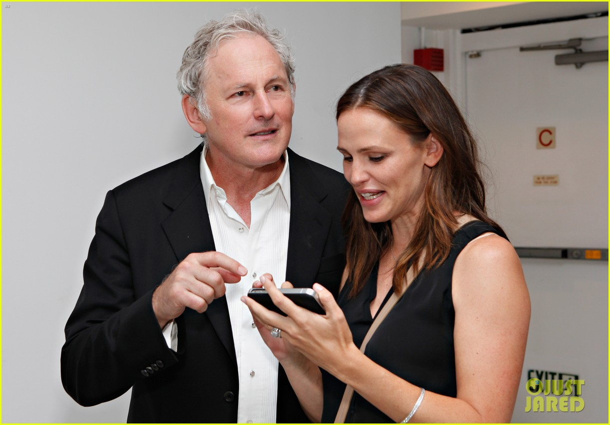jennifer garner victor garber alias reunion in nyc 162702086