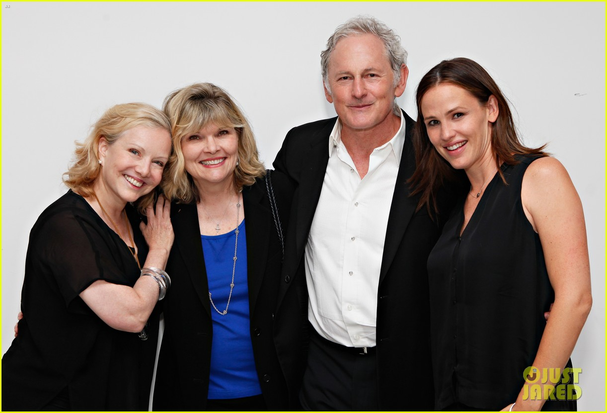 jennifer garner victor garber alias reunion in nyc 172702087