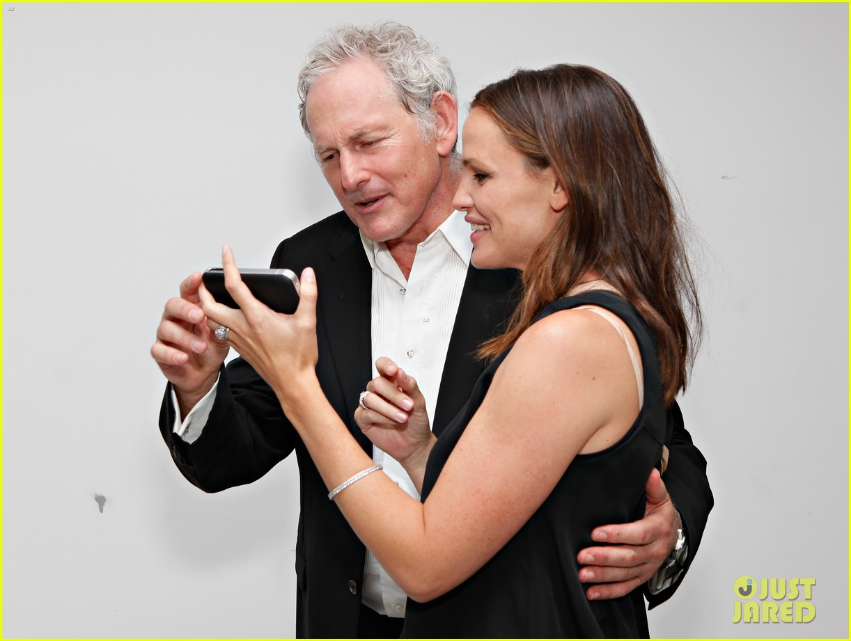 jennifer garner victor garber alias reunion in nyc 222702092