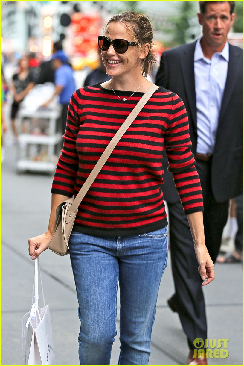 jennifer garner victor garber alias reunion in nyc 232702093