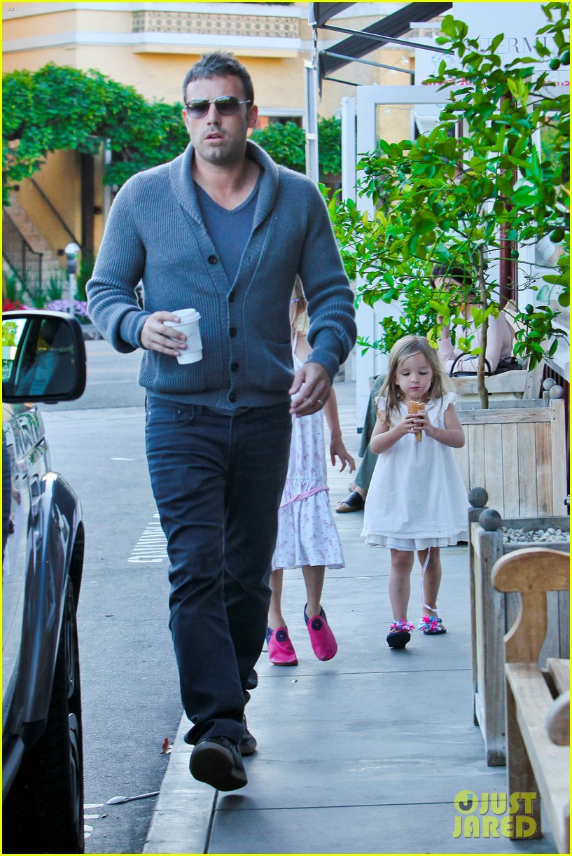 jennifer garner ben affleck ice cream kids 072709319