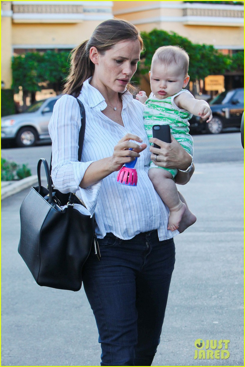 jennifer garner ben affleck ice cream kids 162709328