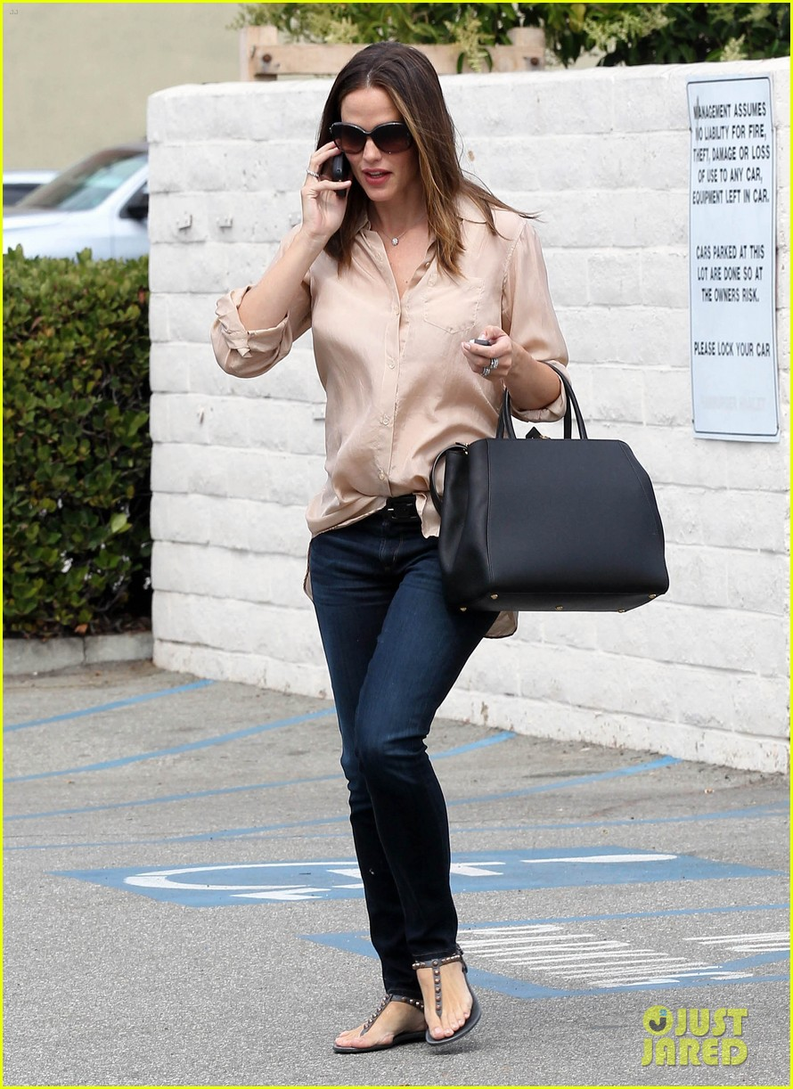 jennifer garner tavern 15