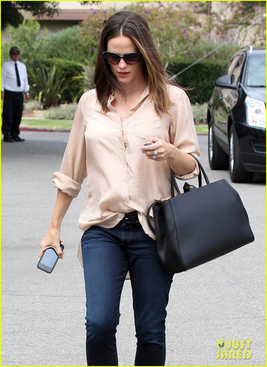 jennifer garner tavern 16