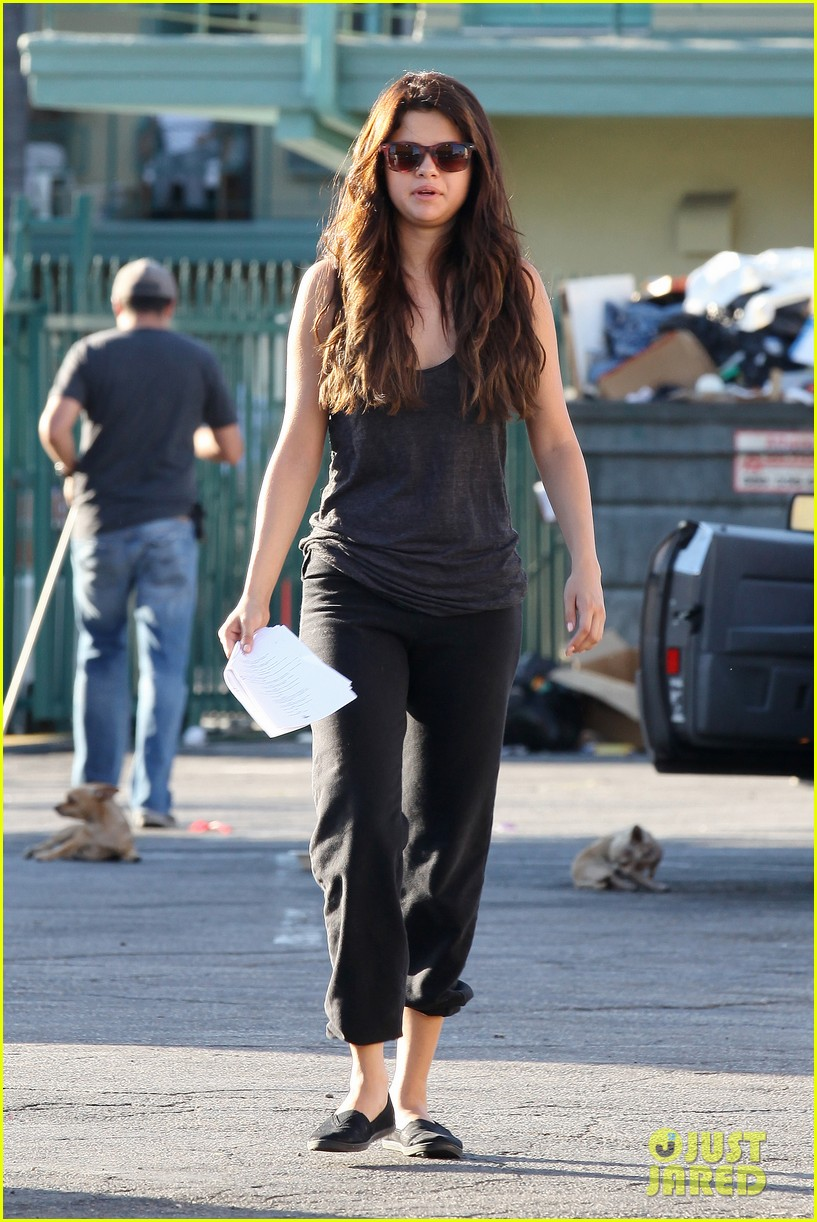 selena gomez parental guidance set 09