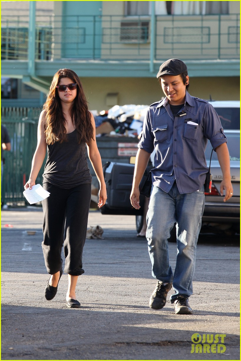 selena gomez parental guidance set 14