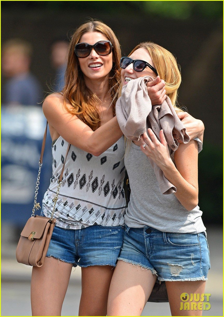 ashley greene gemma lunch date 032708115