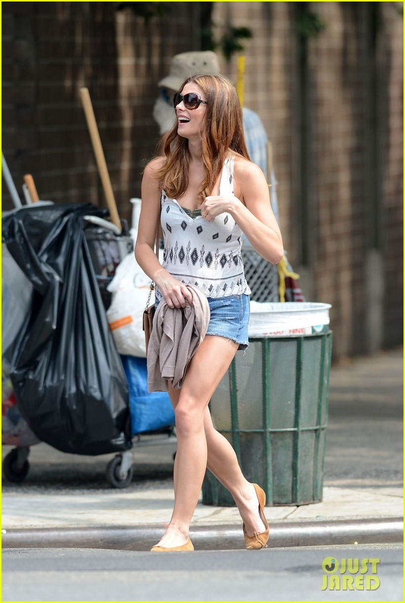 ashley greene gemma lunch date 092708121