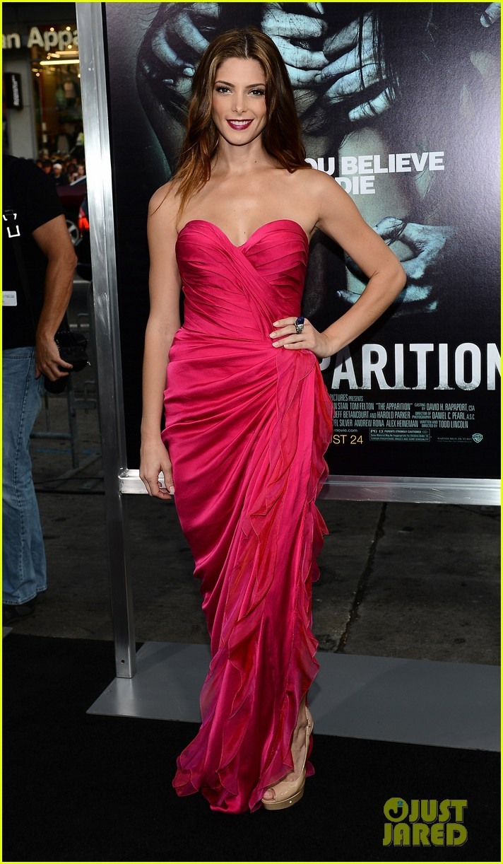 ashley greene the apparition premiere 15