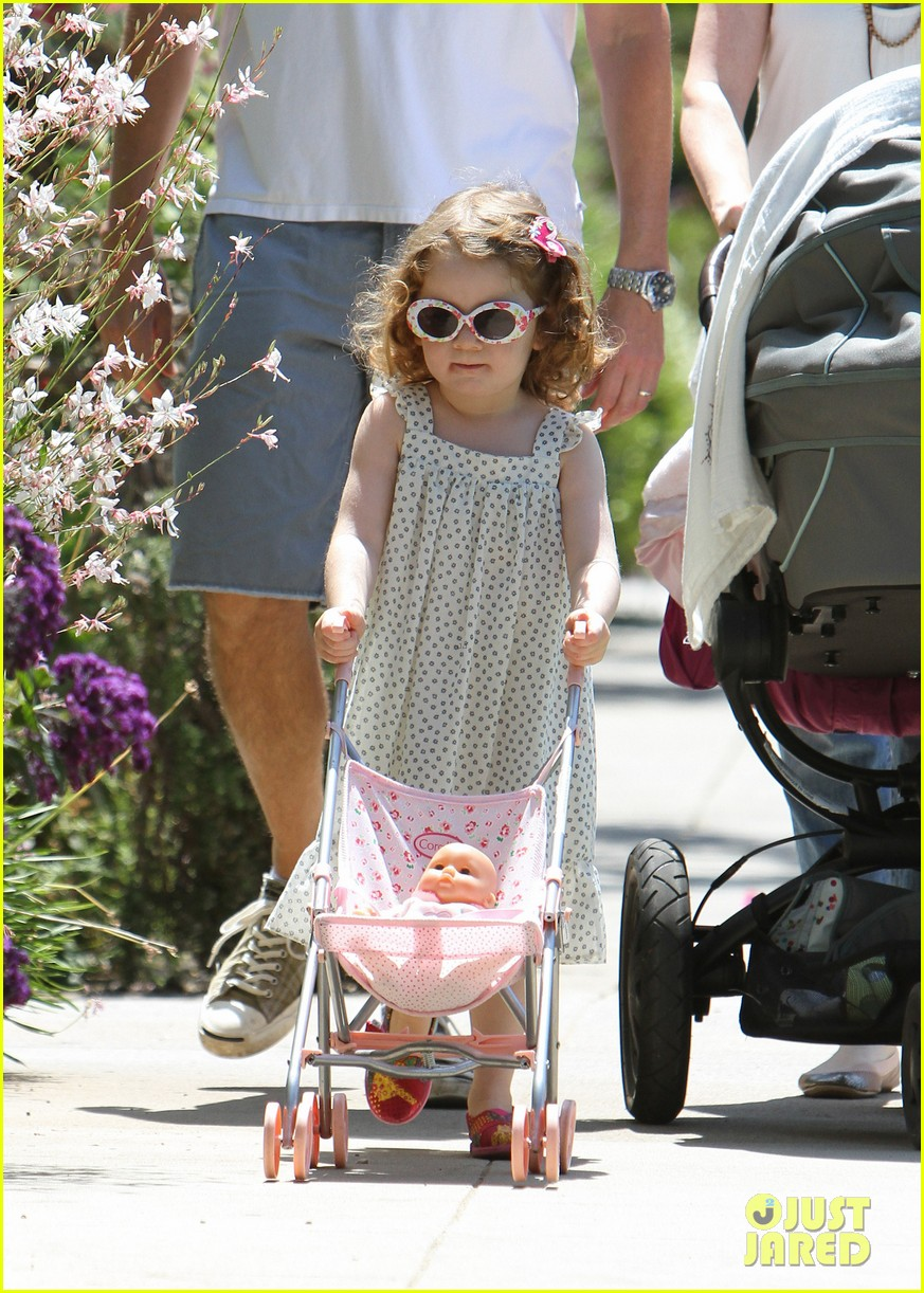 alyson hannigan brentwood family lunch 062697635