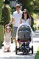 alyson hannigan brentwood family lunch 04