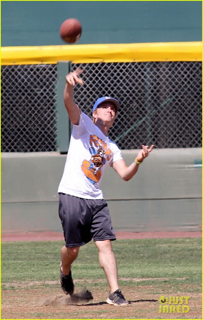 josh hutcherson celebrity charity kickball game 092700575