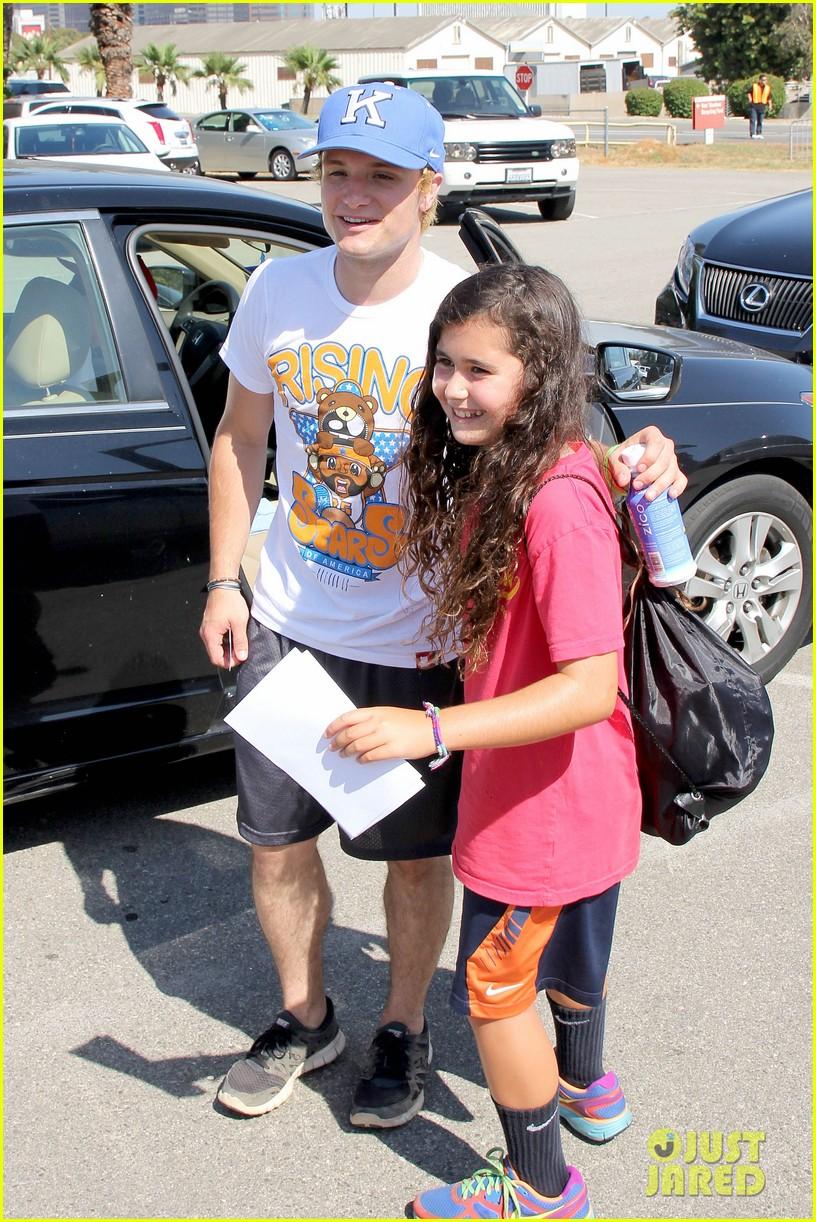 josh hutcherson celebrity charity kickball game 102700576