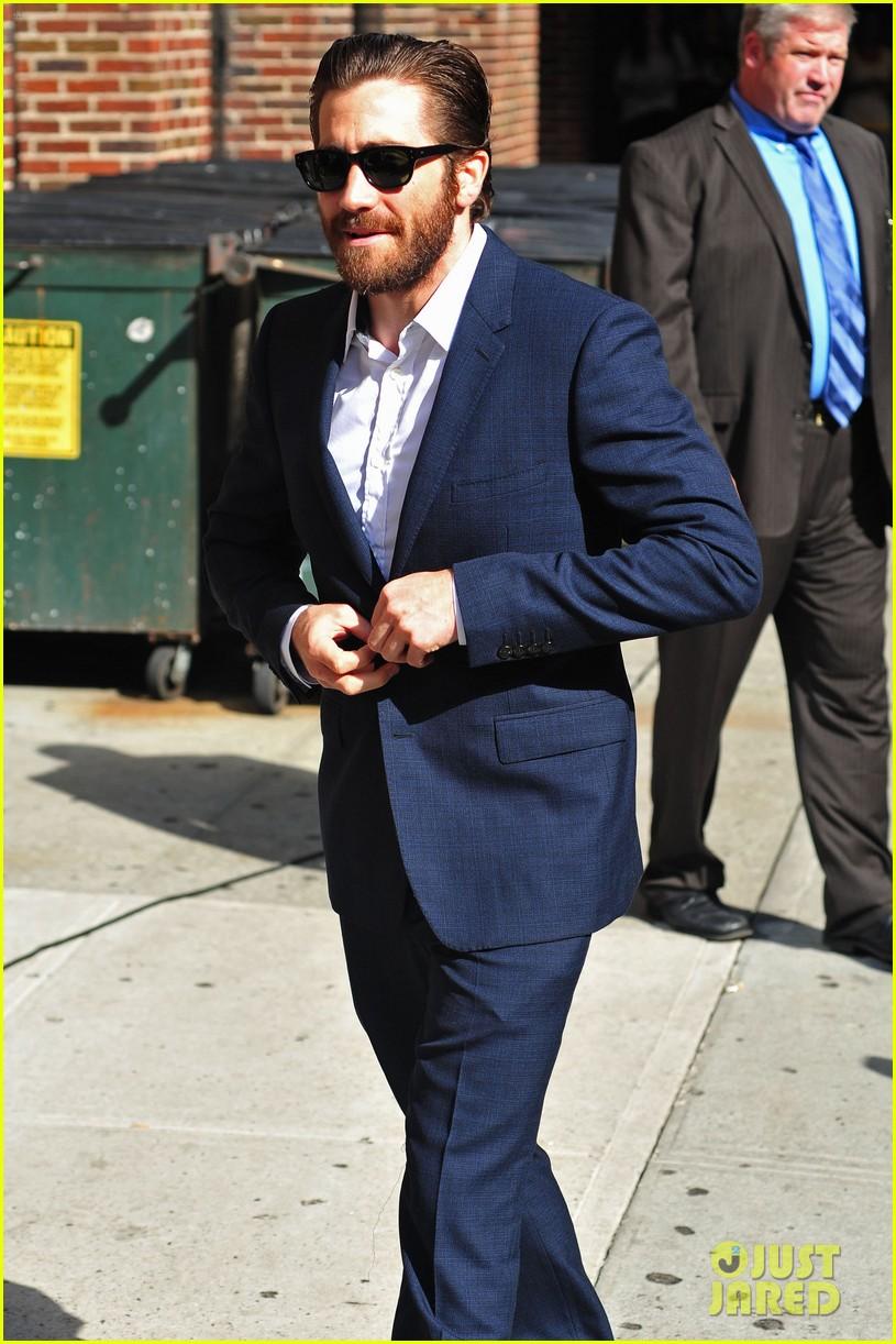 jake gyllenhaal late show appearance 042709517
