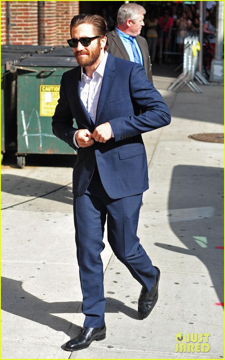 jake gyllenhaal late show appearance 052709518