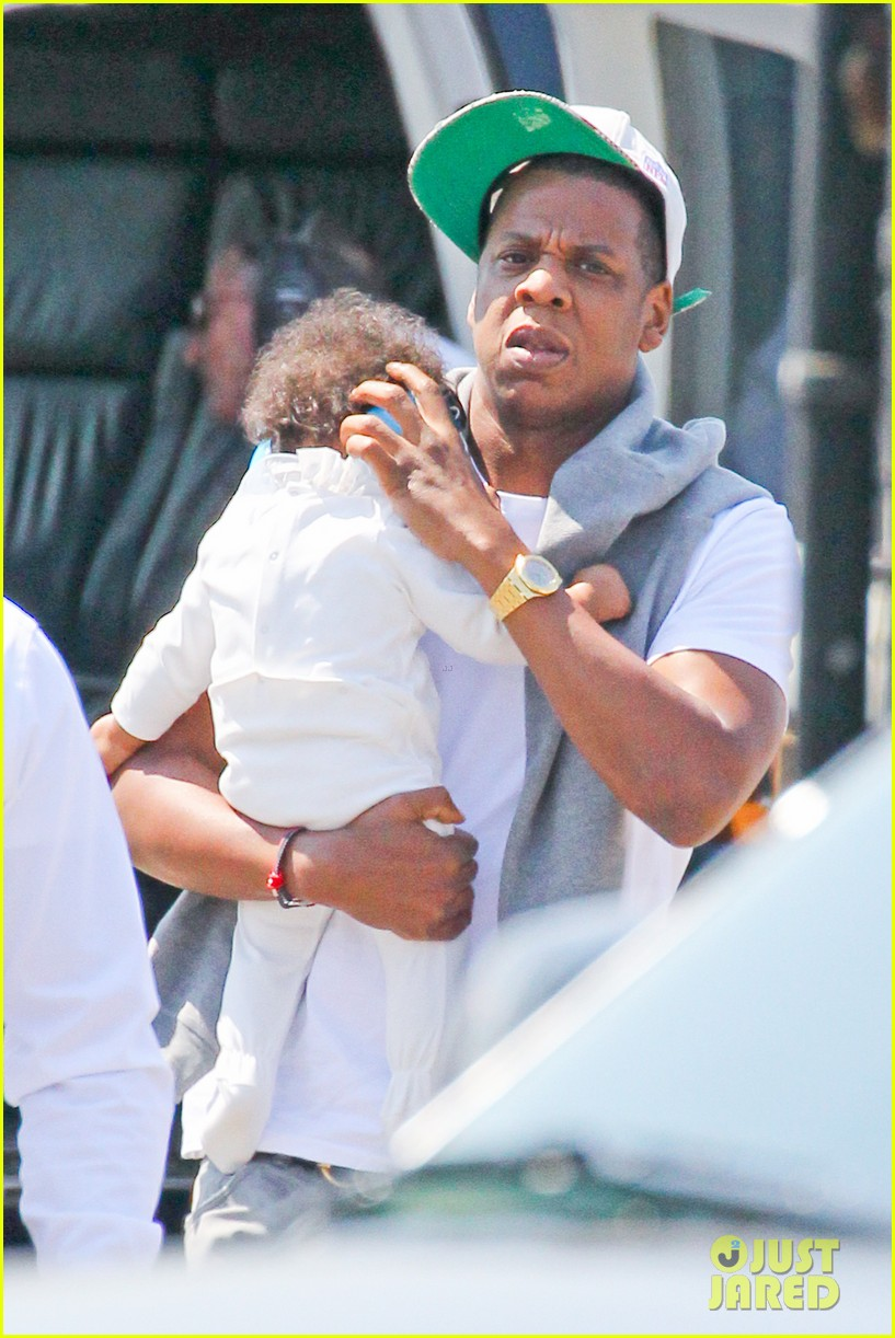 jay z blue ivy carter helicopter ride 13