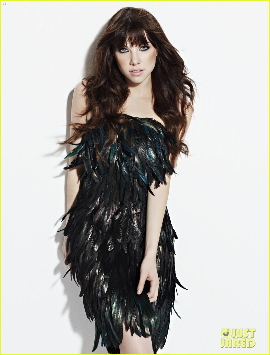 carly rae jepsen covers fashion magazine october 2012 022709757