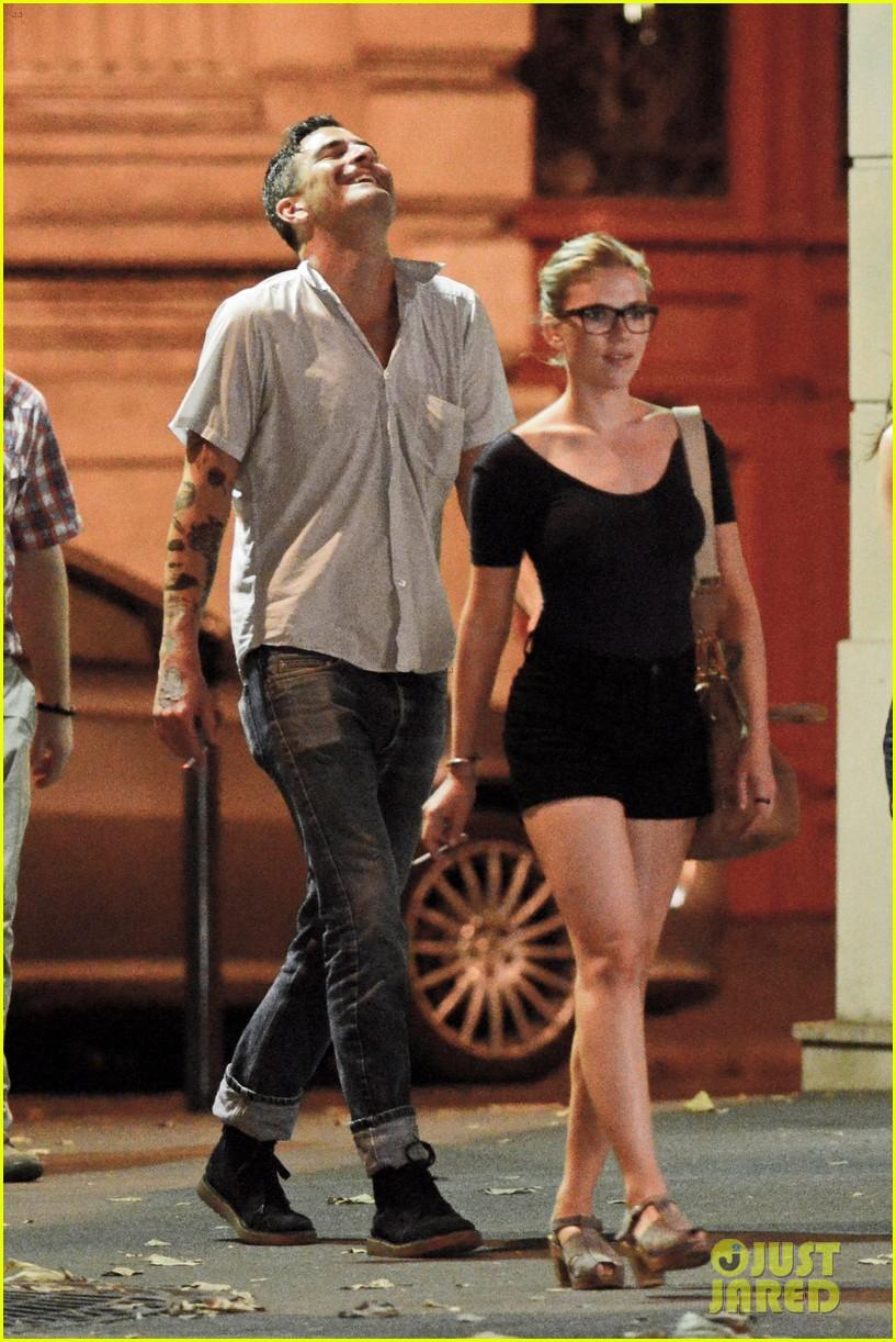 Scarlett johansson dating nate naylor