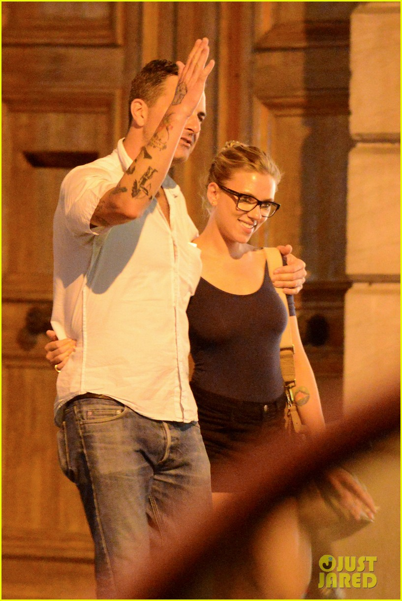 scarlett johansson nate naylor schmuck dinner in paris 112705341