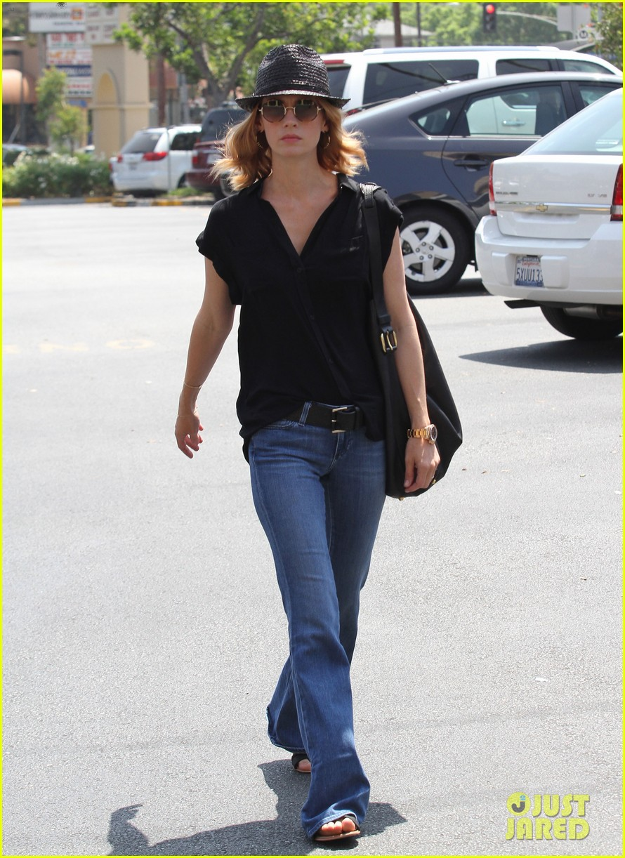 january jones griddle lunch 102707822