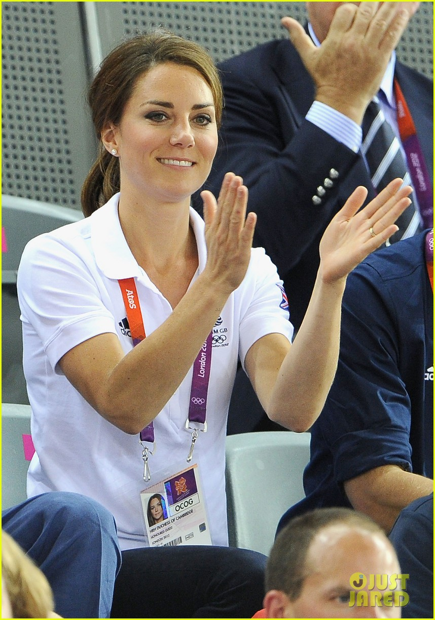 duchess kate prince william celebrate great britains cycling win at the olympics 13