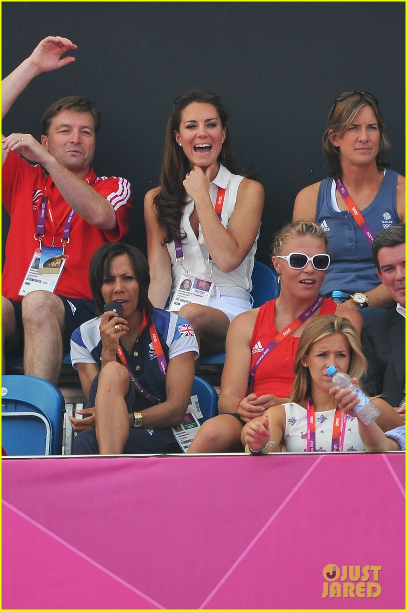 duchess kate womens hockey summer olympics 032699673
