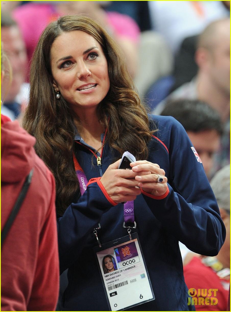 duchess kate olympic spectator 132697400
