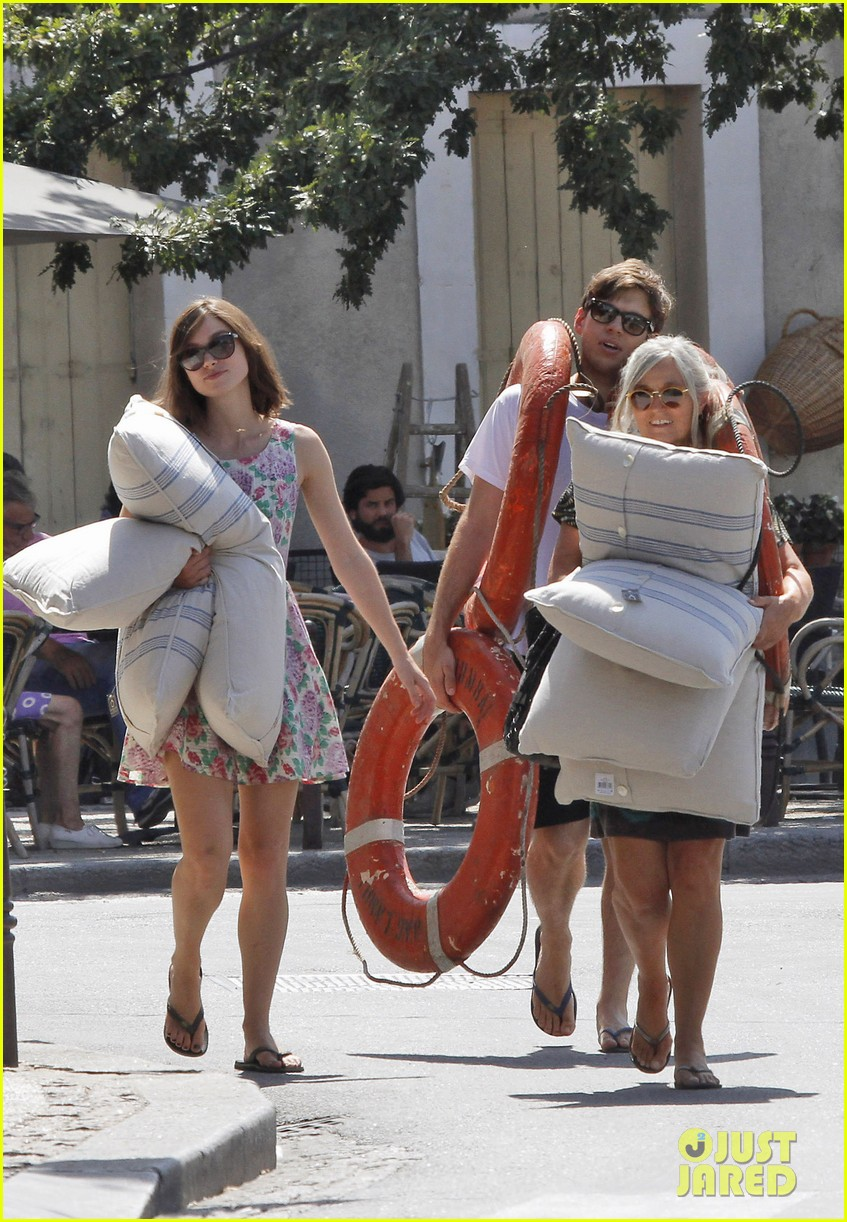 keira knightley french riviera james righton 012704797