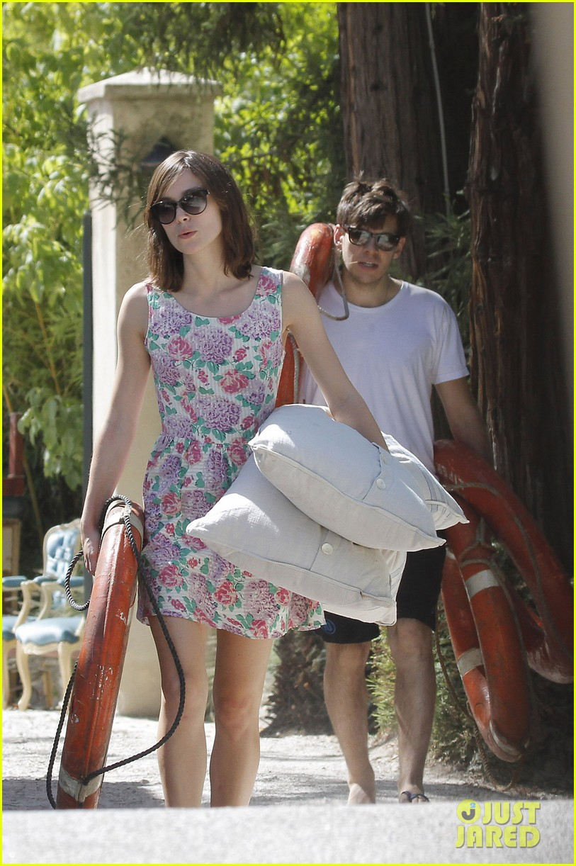 keira knightley french riviera james righton 032704799