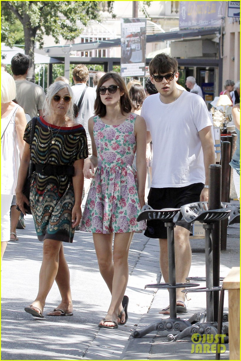 keira knightley french riviera james righton 042704800