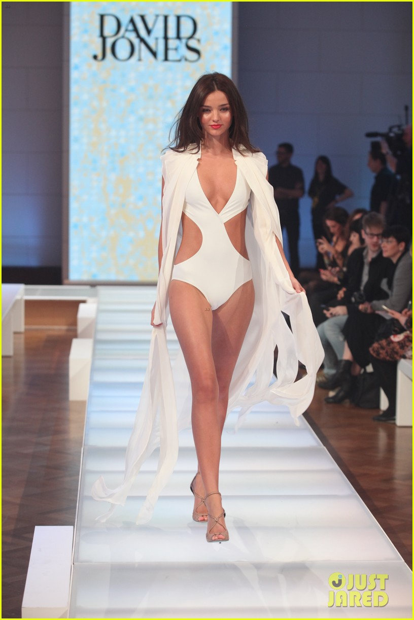 miranda kerr david jones season launch show 052701960