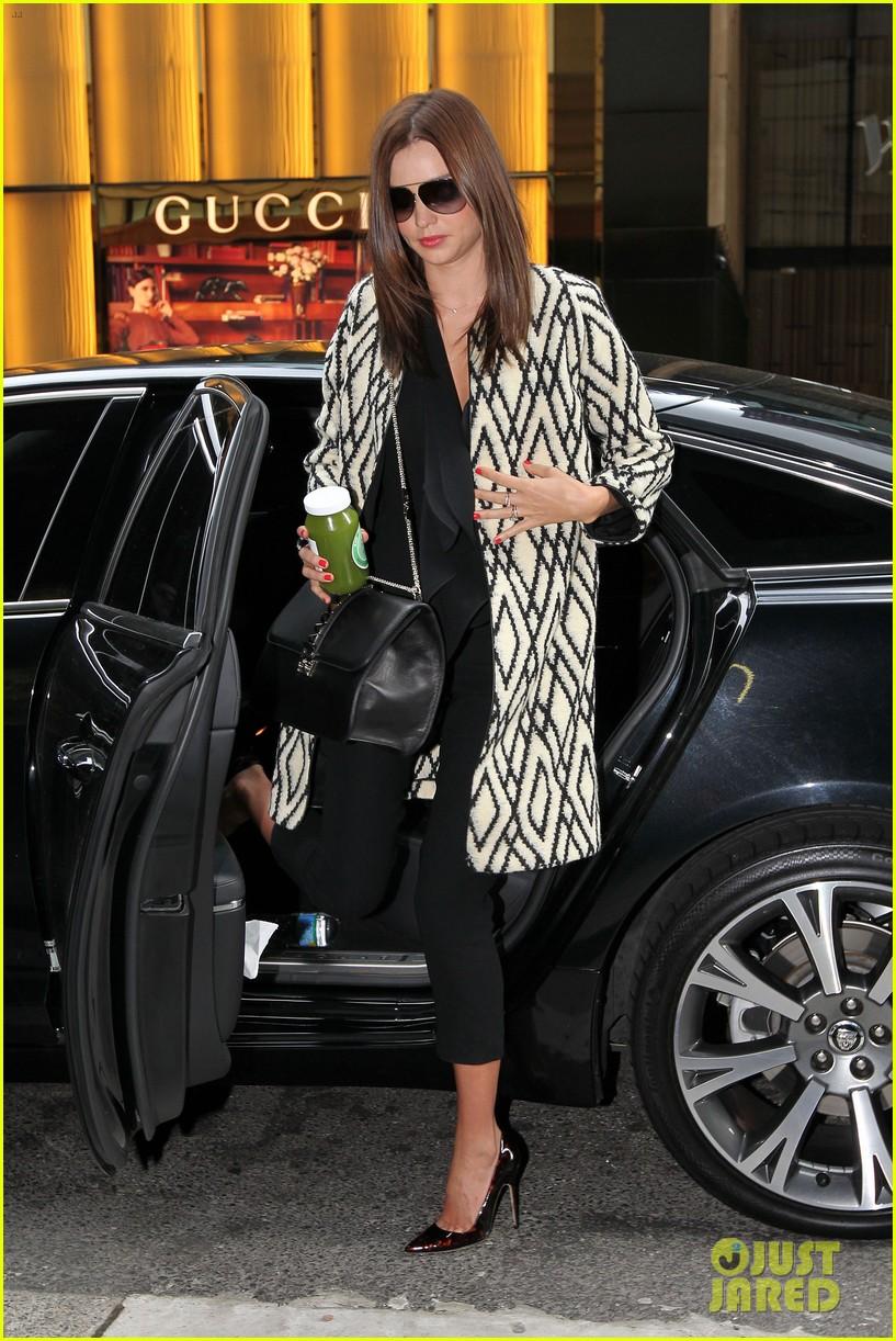 8e6e75654f8 Miranda Kerr: Sydney Shopper!: Photo 2699377 | Miranda Kerr Pictures ...