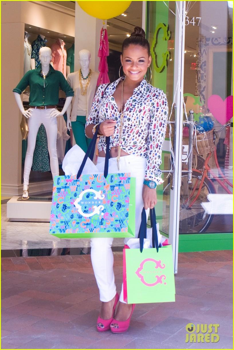 jaime king c wonder fashion island store opening 052701529