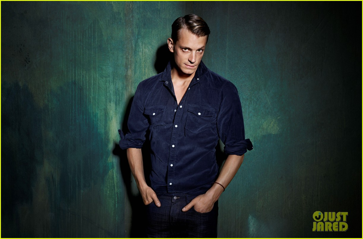 joel kinnaman hms new menswear face 02