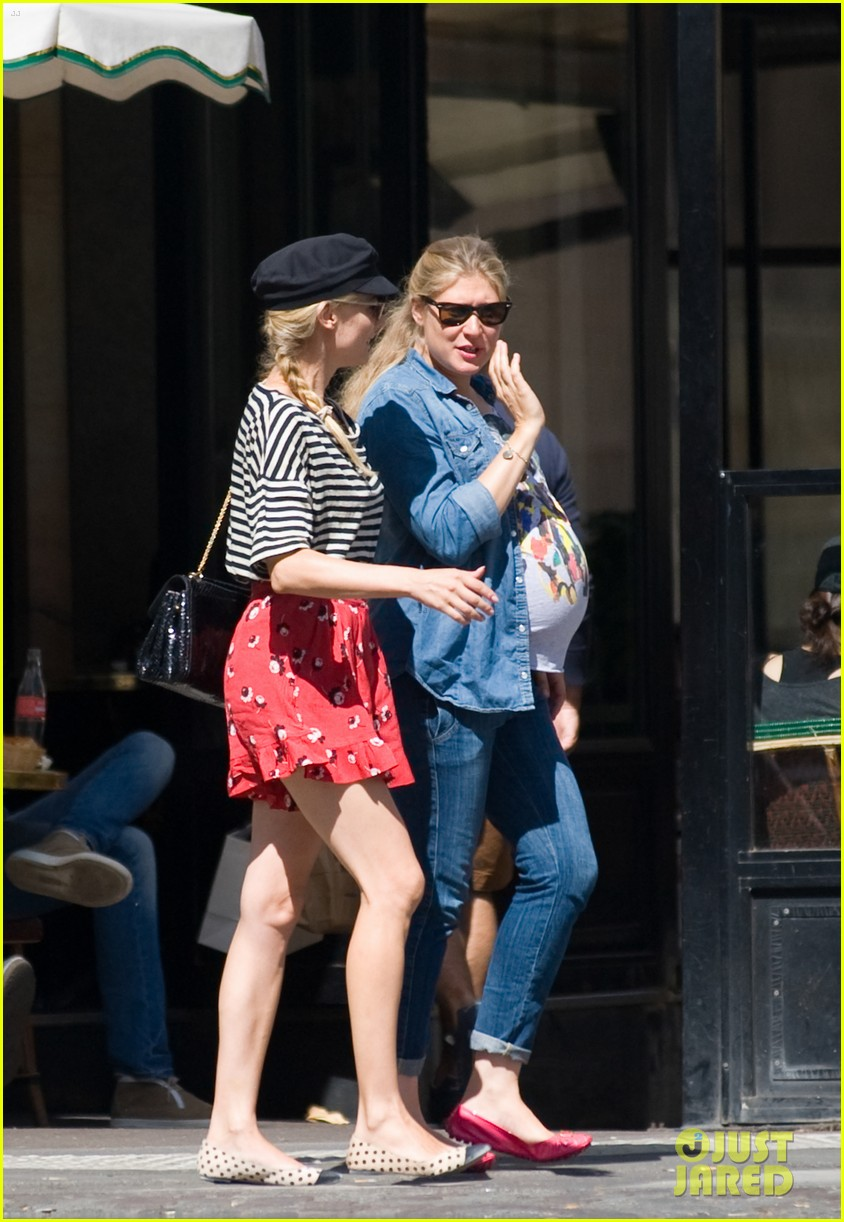 diane kruger shops paris 042711247
