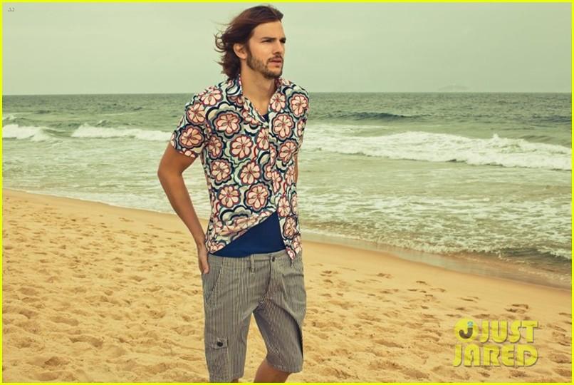 ashton kutcher topless alessandra ambrosio colcci campaign 07