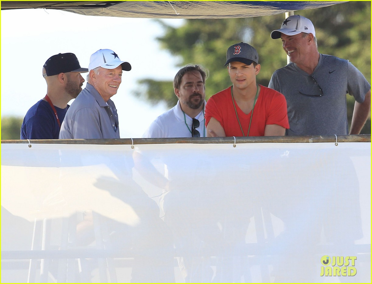 ashton kutcher cowboys training camp 18