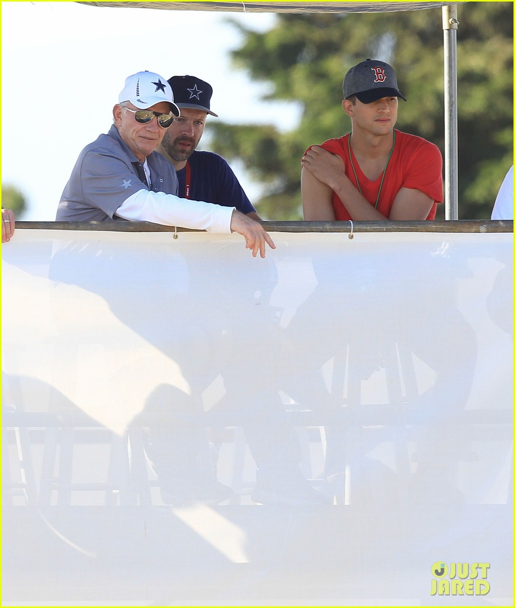 ashton kutcher cowboys training camp 212700559