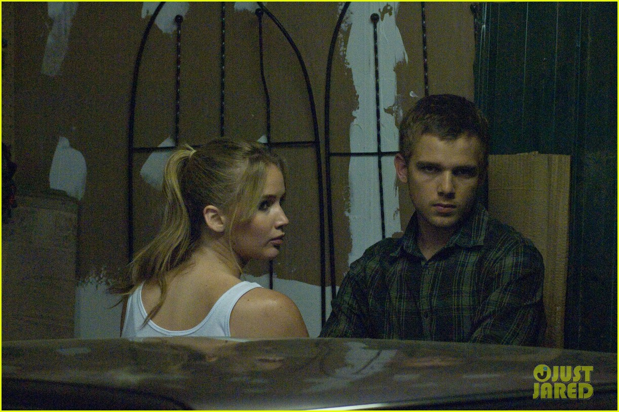 jennifer lawrence max thieriot house at the end of the street exclusive stills 032702169