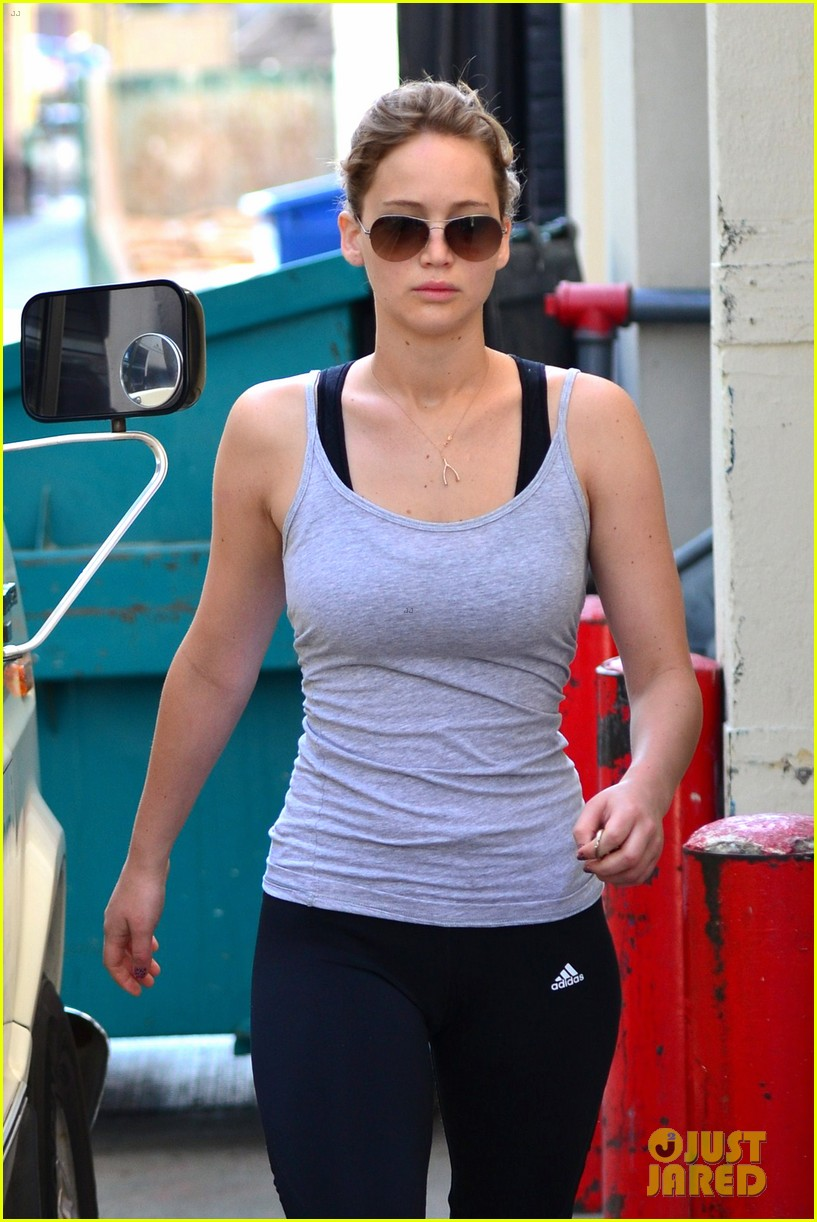 jennifer lawrence maria howell is seeder in catching fire 022701598