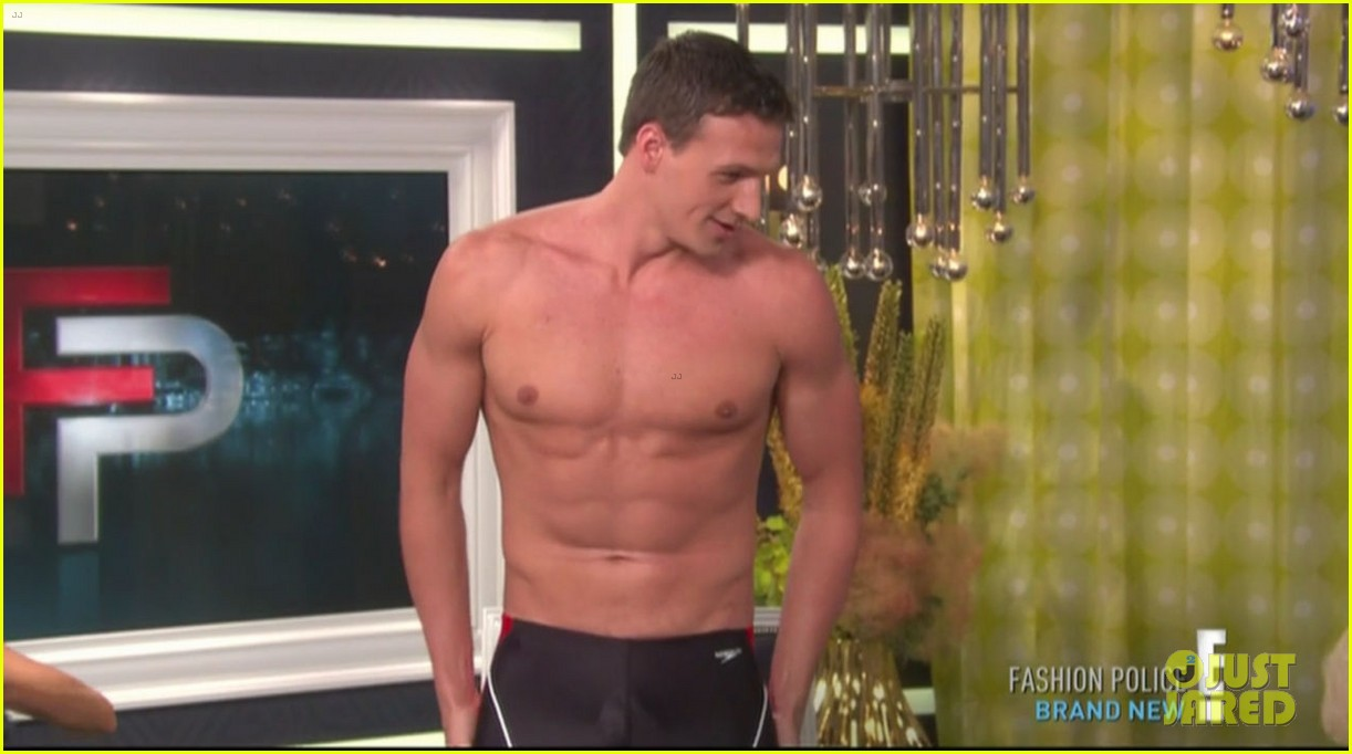 ryan lochte goes shirtless on fashion police 012709197