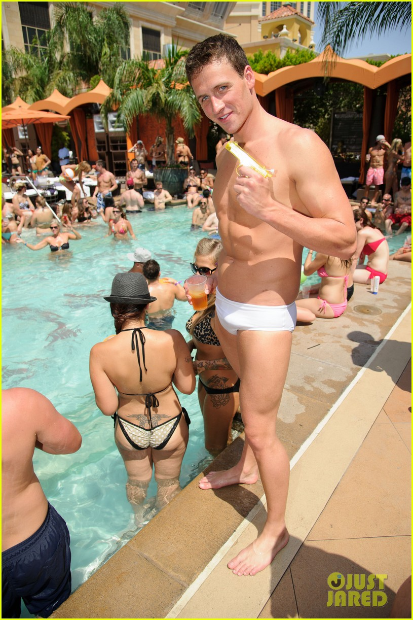 ryan lochte las vegas pool party weekend 162704461