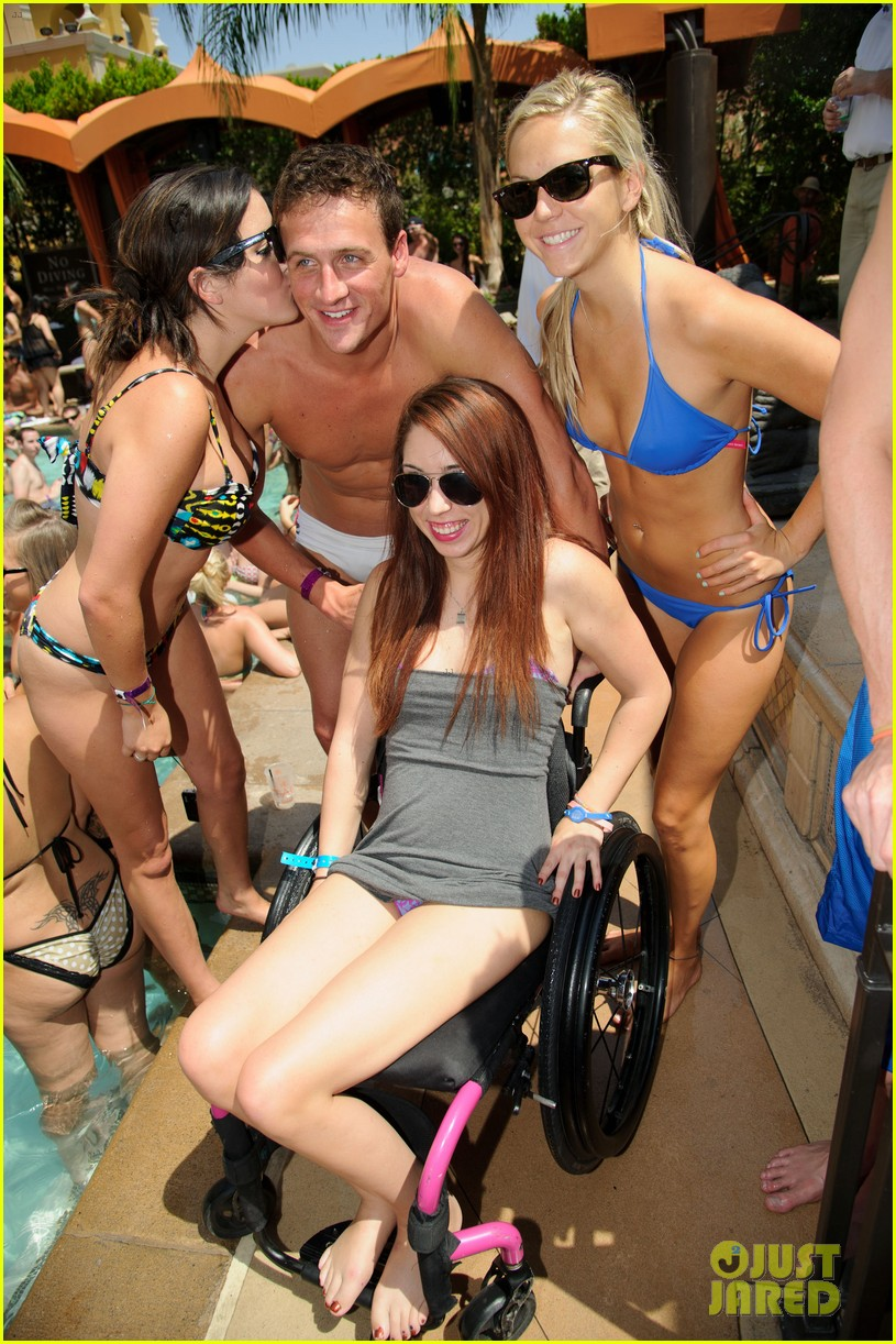 ryan lochte las vegas pool party weekend 192704464