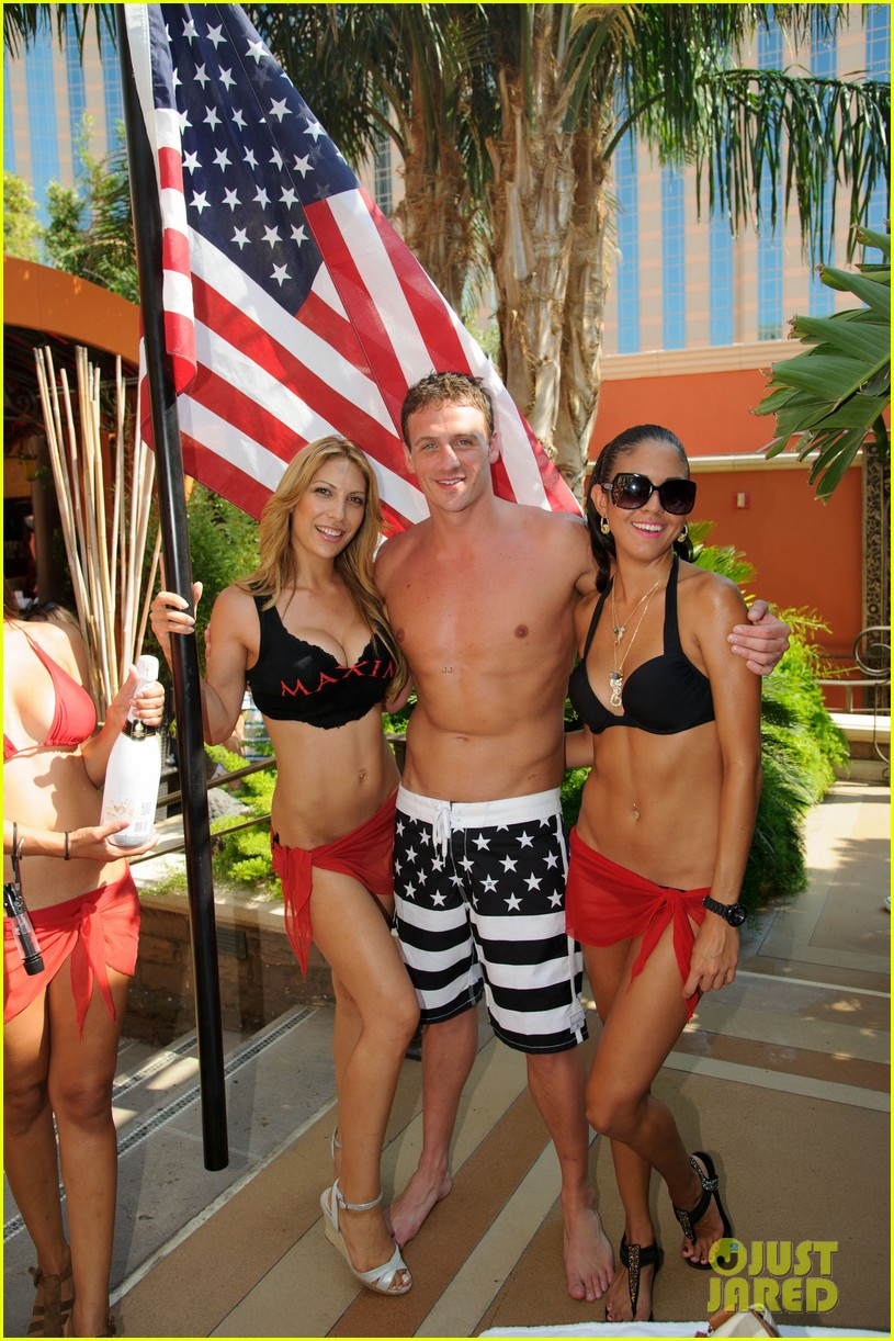 ryan lochte las vegas pool party weekend 432704488