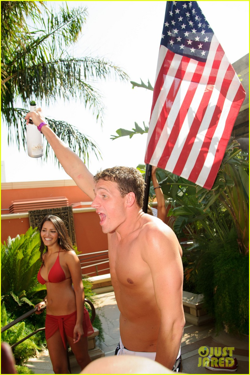 ryan lochte las vegas pool party weekend 622704507