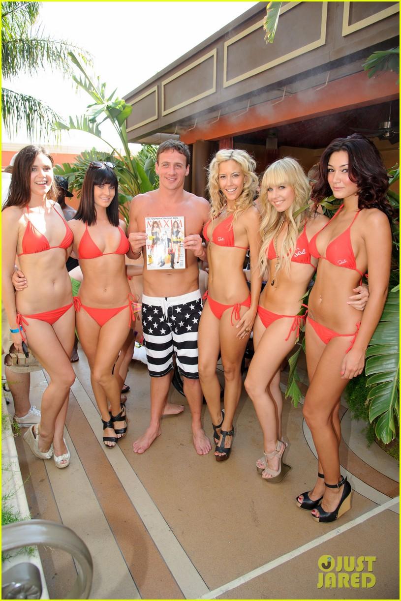 ryan lochte las vegas pool party weekend 652704510