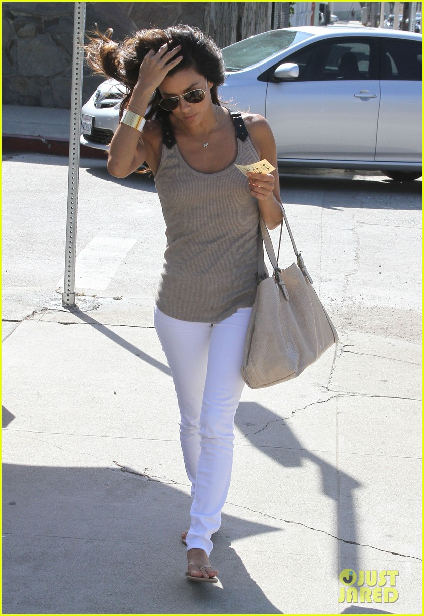 eva longoria salon stop in studio city 03